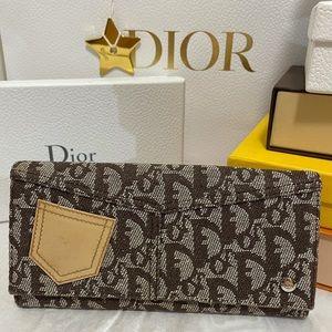 ⭐️Vintage Christian Dior Long Wallet⭐️